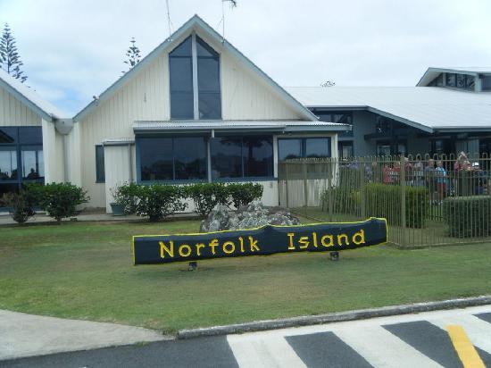 norfolk-island-airport